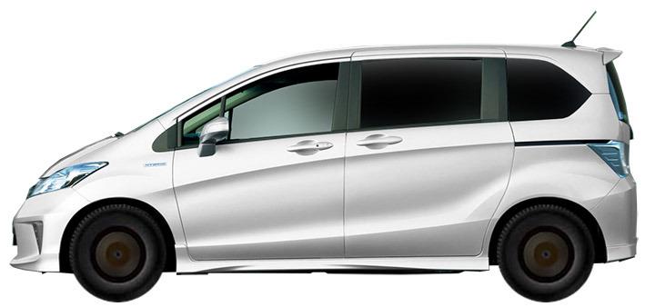 Хонда Фрид Спайк 2010 год в Большом Камне